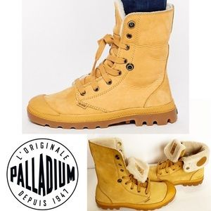 Palladium Baggy Leather Shearling Lined Boots